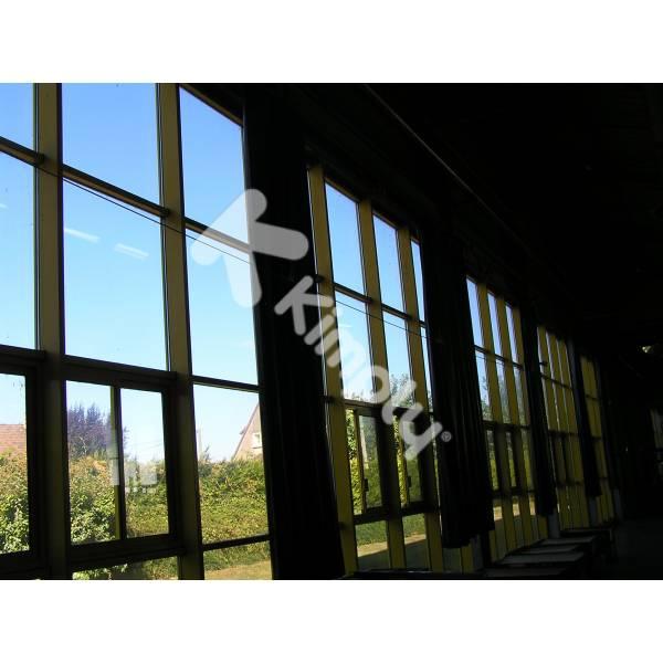 Protection solaire vitre